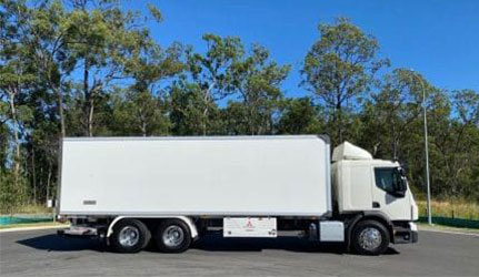 Volvo-FE-12-Pallet-Heavy-Rigid-Landscape-e1589419039729