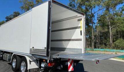 Volvo-FE-12-Pallet-Heavy-Rigid-Tailgate-Raised-e1589419168411-(1)
